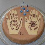 Ethnic cake (henna hand tatoo)