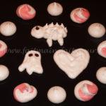 Funny meringues
