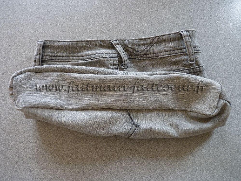 ... une jambe découper un rectangle de jean pour faire le fond du sac