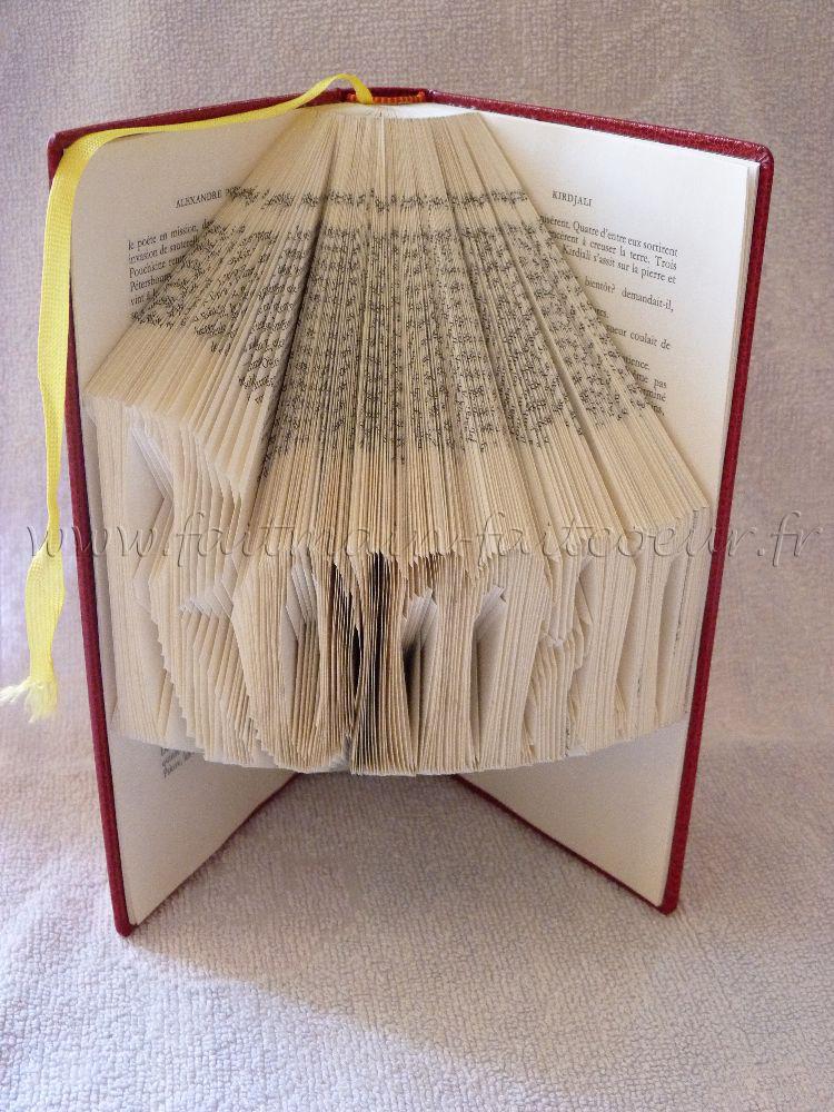 tuto origami sur livre