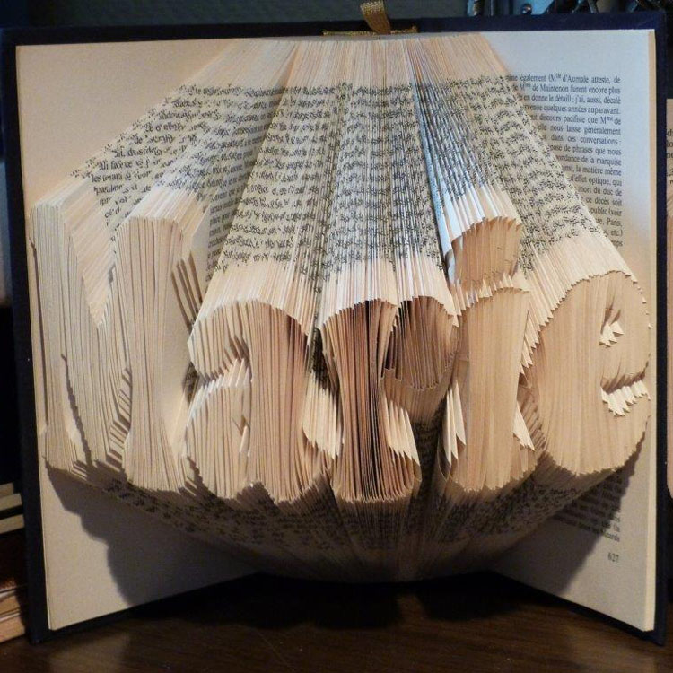 """Marie"" folded book pattern"