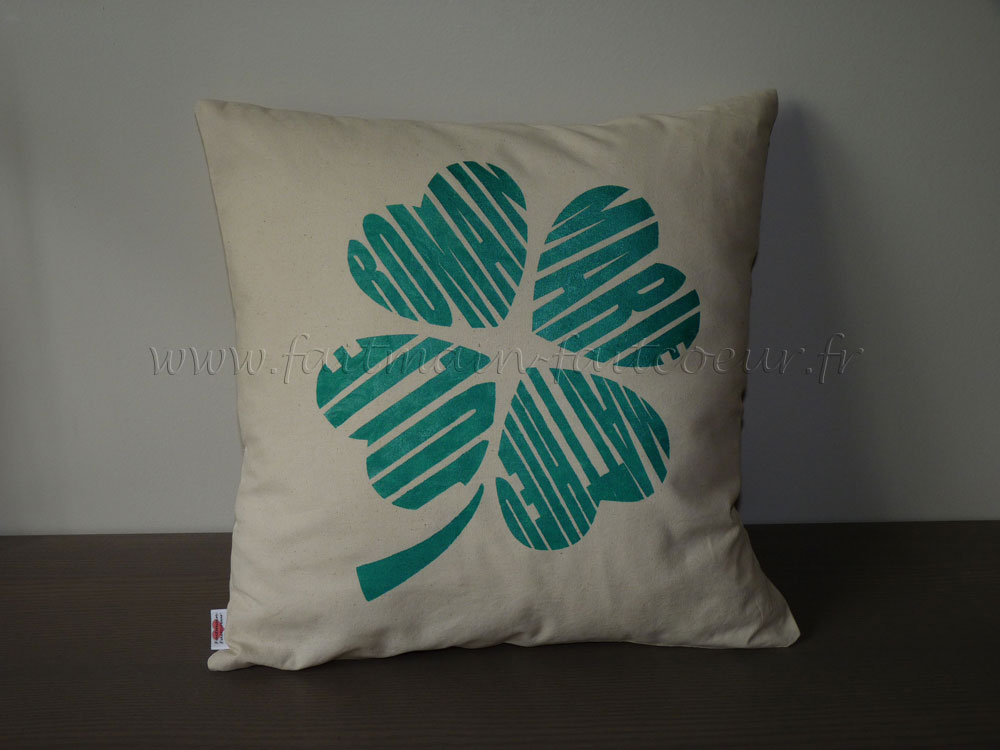 Love clover family names cushion